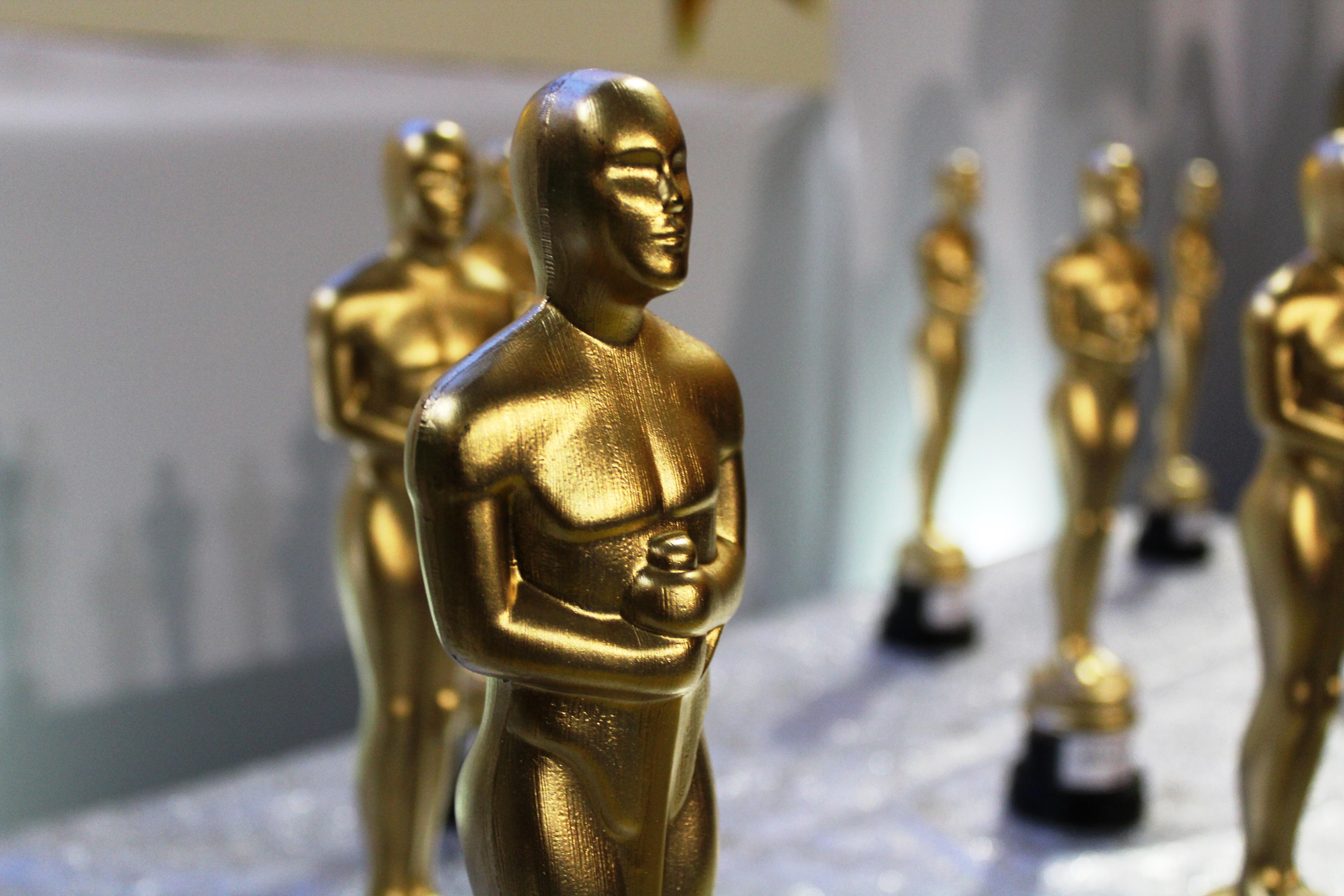Oscar Ideal (1)